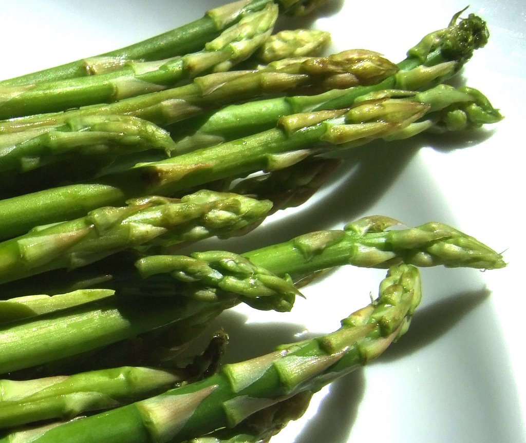 fresh green asparagus, health food